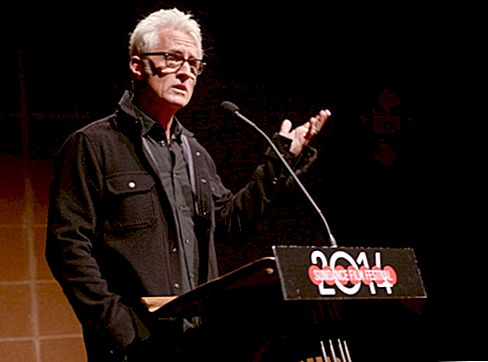 John Slattery Net Worth