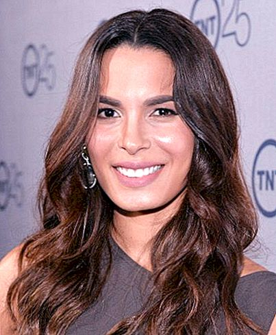 Nadine Velazquez Net Worth