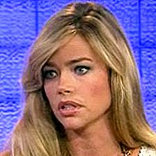 Denise Richards gaat bananen bij Charlie Sheen Again