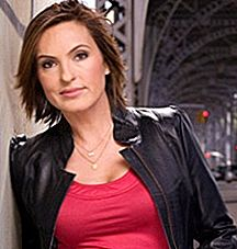 Mariska Hargitayの肺はImplodes or Something