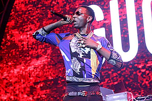 يونغ دولف Net Worth