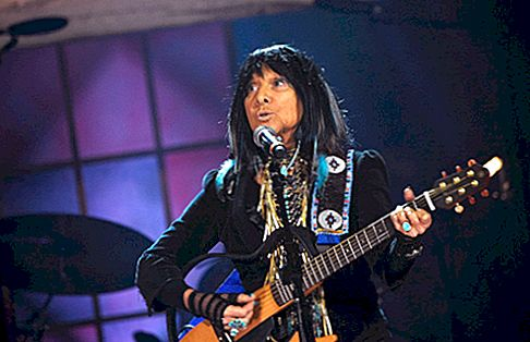 Buffy Sainte-Marie Net Worth